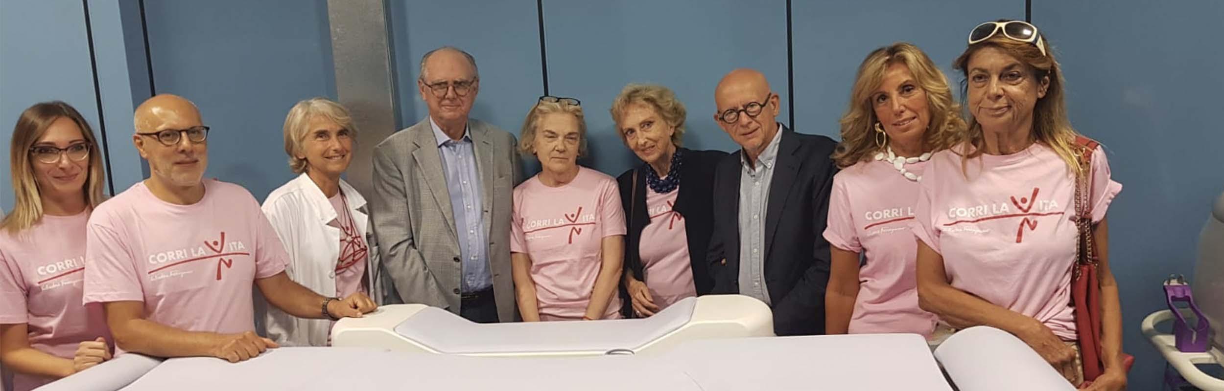 CORRI LA VITA  dona al Servizio di Screening Mammografico di ISPRO  una attrezzatura innovativa